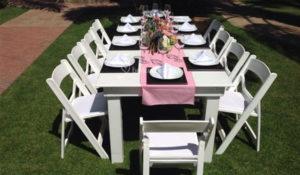 alquiler de sillas y mesas avan garde blanca